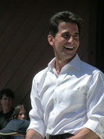 Mark_Leno_at_2010_NCCBF_Grand_Parade_2010-04-18_4